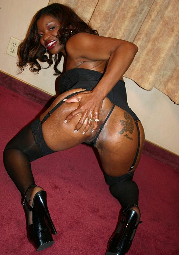 Hot chick Brandi Coxxx has her tight black ass plugged hard in this hot ebony scene Download the free movie clips now